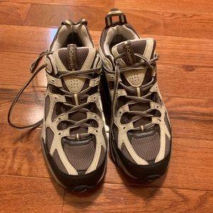 Columbia trail hiking shoes